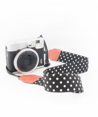 Camerariem Dots met zwart wit stippen
