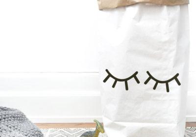 Paperbag XXL met slapende ogen, weltrusten in de kinderkamer
